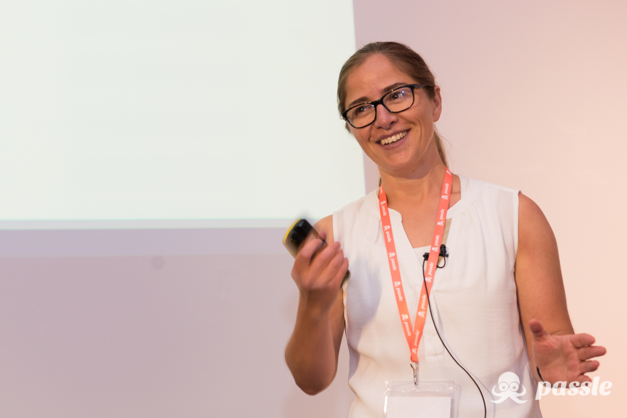Passle Rainmaker 2018 - Emma Dutton - Expert-to-Expert Sales & Marketing Conference